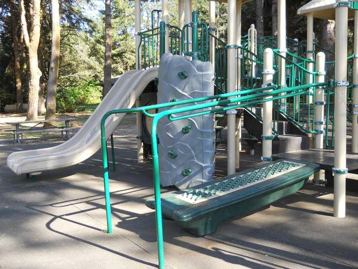 playground_roller112546.JPG