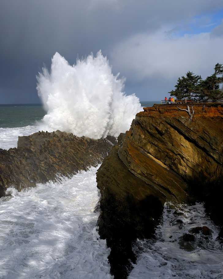 ShoreAcres_Storm1033037.jpg