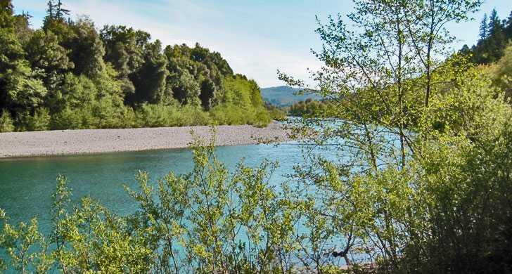 chetco_river010139.jpg