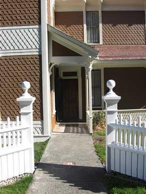 Hughes_House_at_Cape_Blanco_State_Park_2082032.JPG