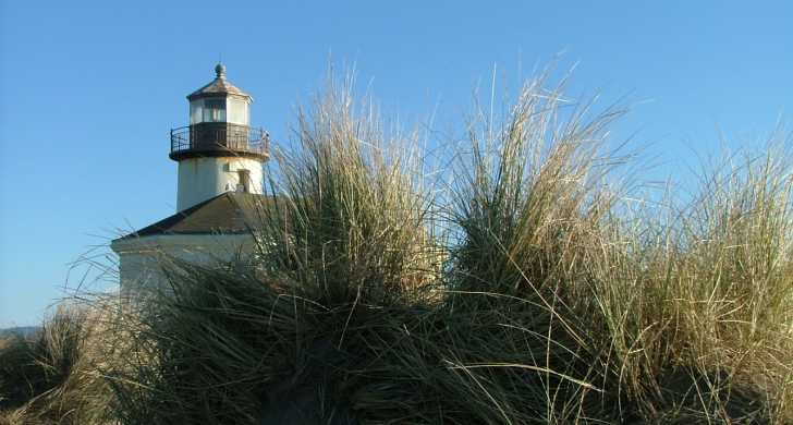 1171152189Coquille River lighthouse.jpg