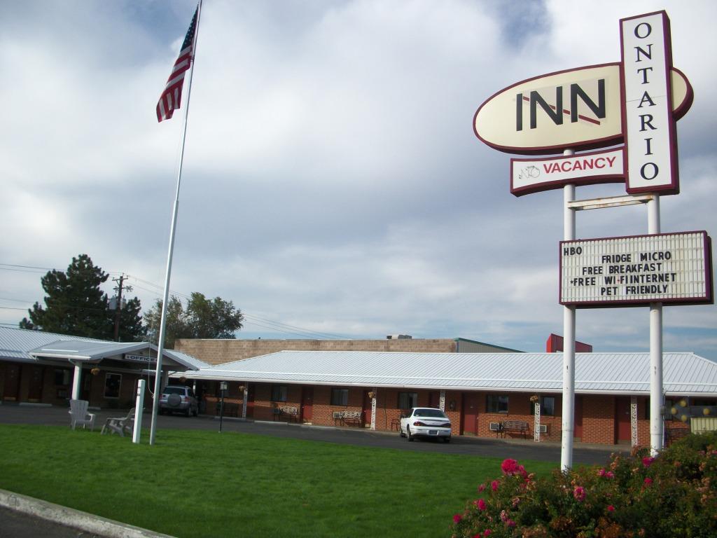 Ontario Inn 2012_1