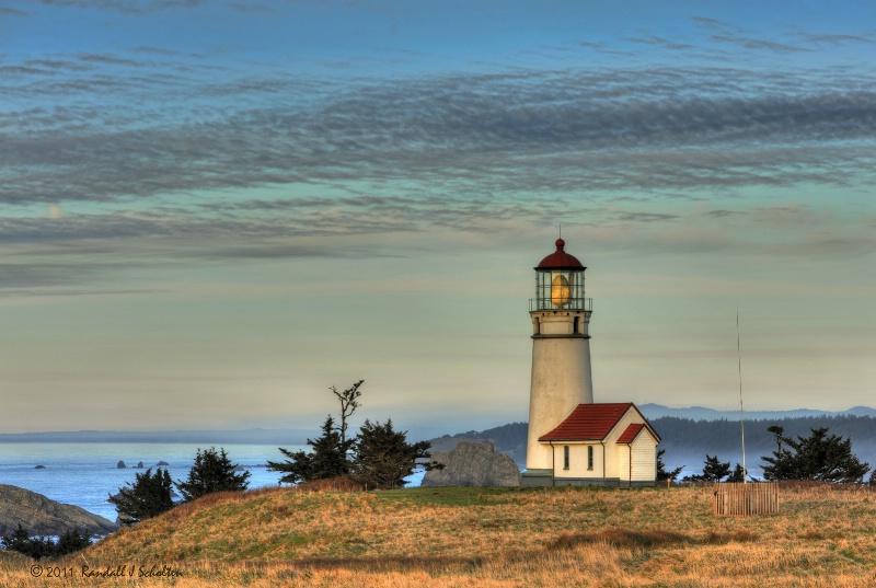 Cape_Blanco_LighthouseRS.jpg