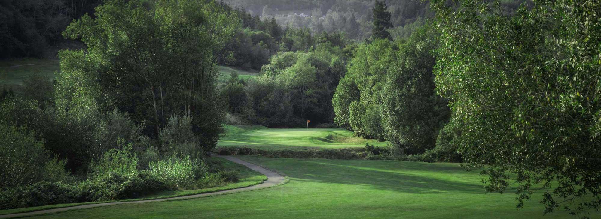 2019_golf_listing_salmonrun_brookings01.jpg