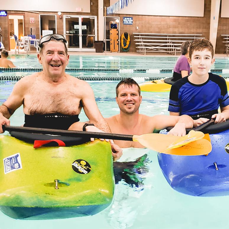 Take a kayaking class at Veterans Memorial Pool