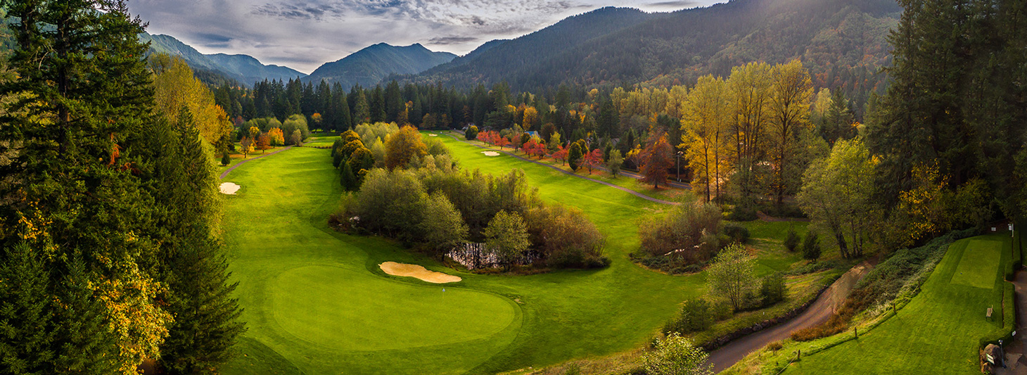 Golf the Pinecone Bluff at Mt. Hood Oregon Resort