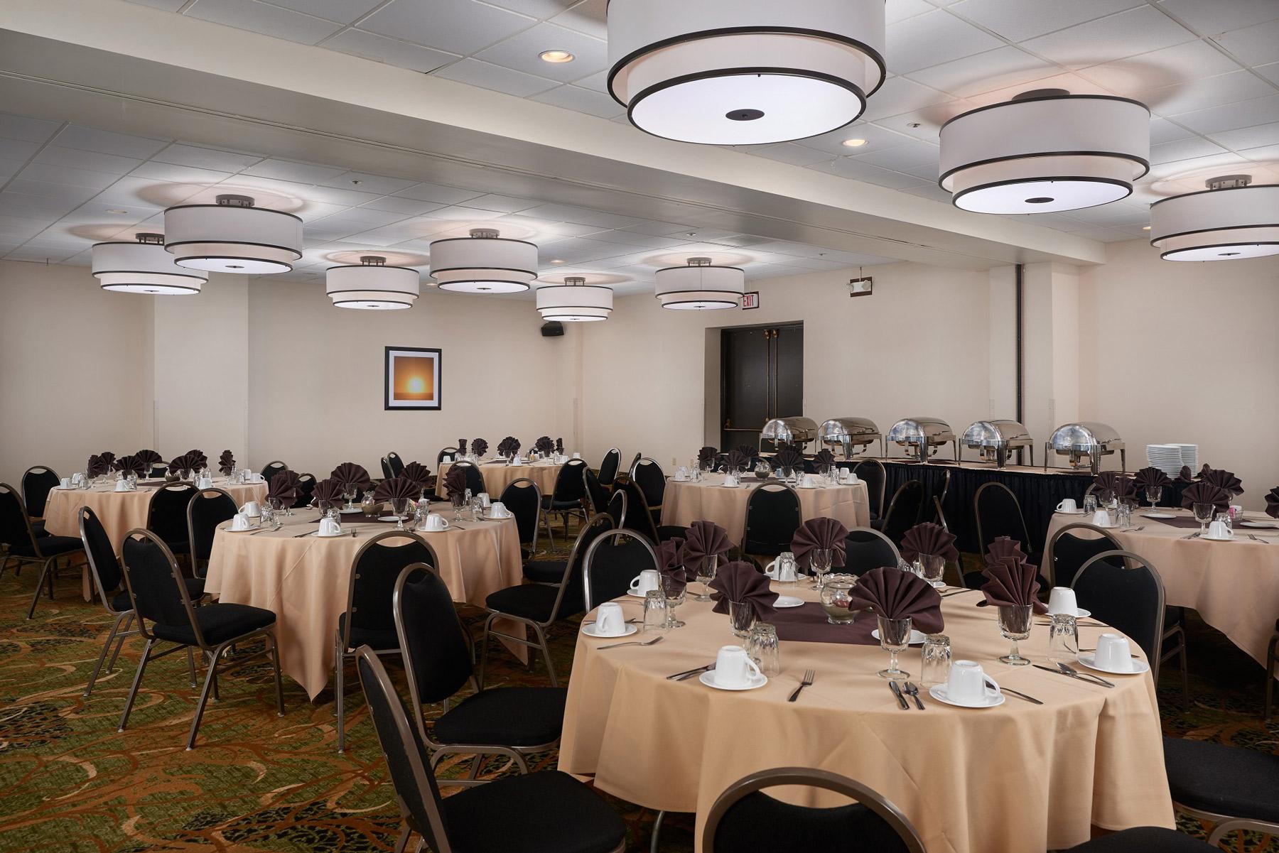 G7-Banquet-Room_DSC2418-small-pixel.jpg