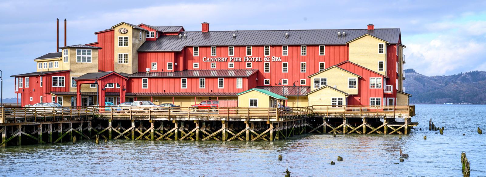 HERO-CanneryPierHotel-image2-(002).jpg