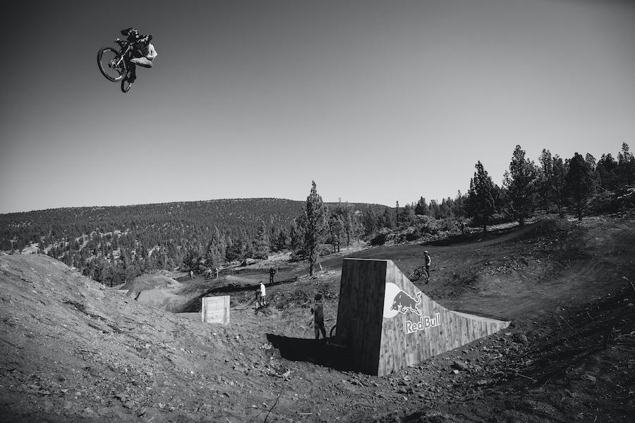Mountain biking, freeride biking
