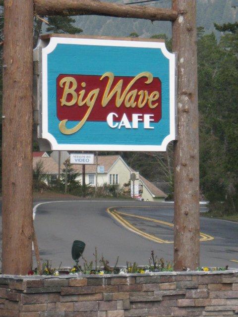Big Wave Café.jpg