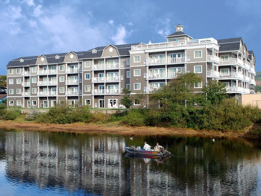 Rivertide Suites Hotel.jpg