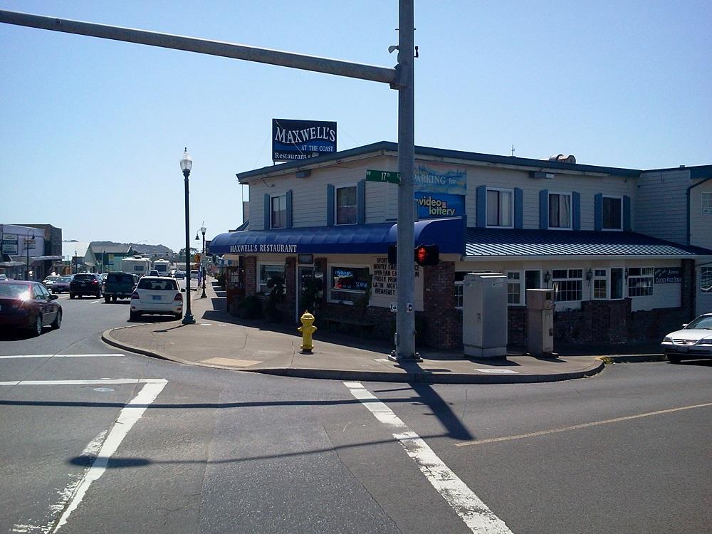Maxwell's Restaurant & Lounge.jpg
