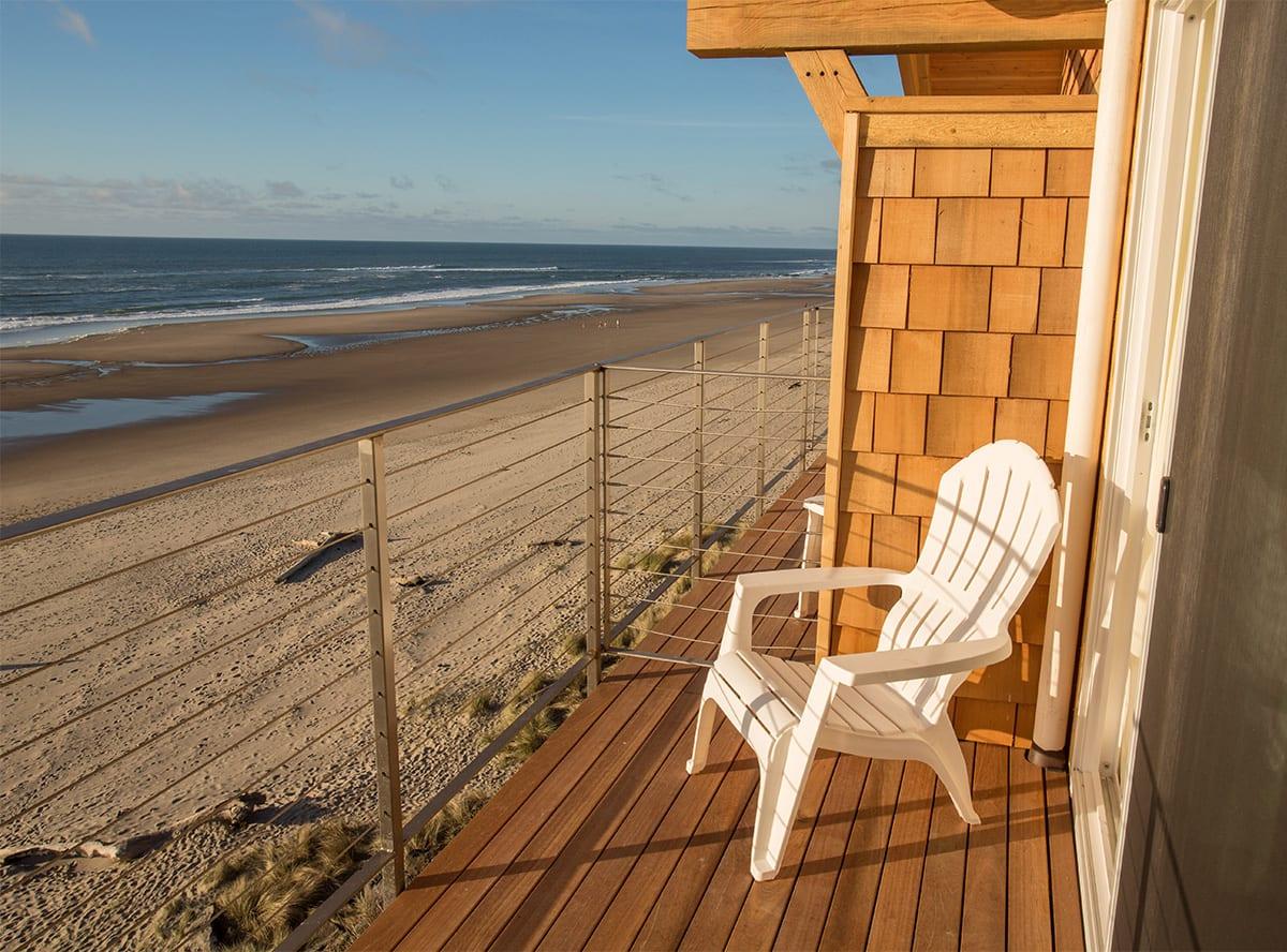 Pelican-Shores-Inn-Pelican-Shores-deck-2021-04.jpg