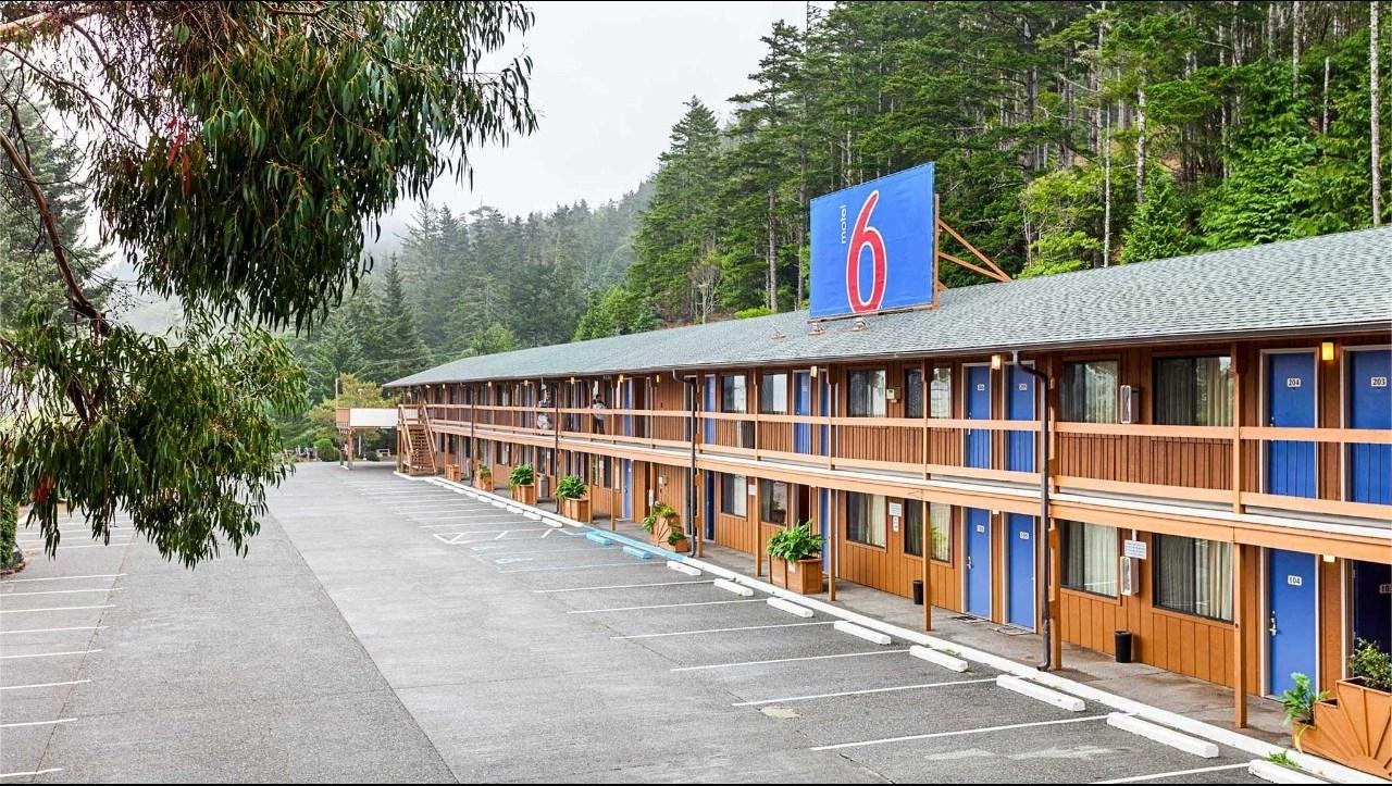 Motel 6 Gold Beach.jpg