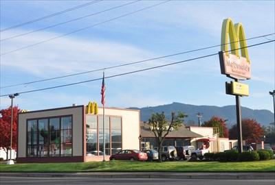 McDonalds Tillamook.jpg