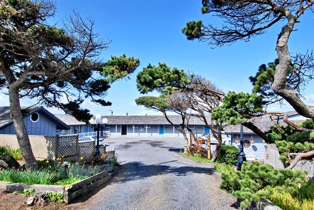 Moolack Shores Motel.jpg