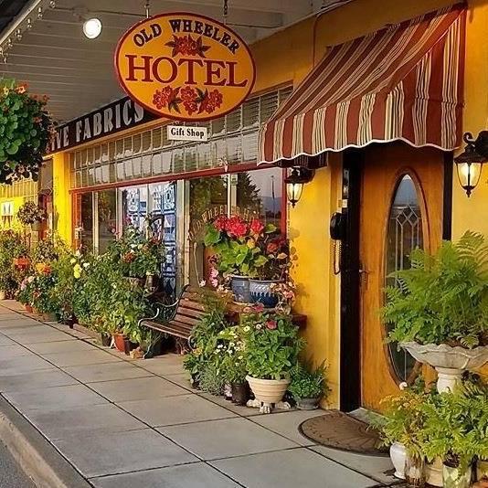 Old Wheeler Hotel.jpg