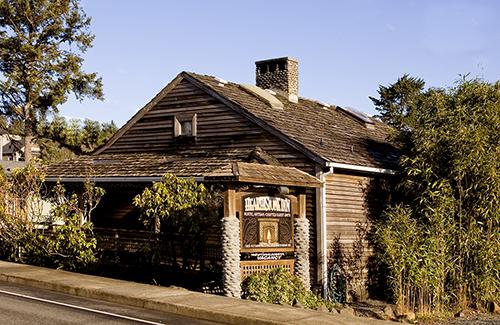 Hearthstone Inn.jpg