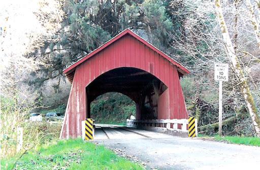 Yachats Covered Bridge.jpg