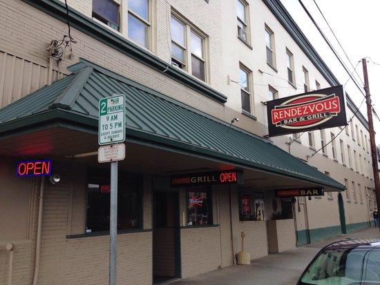 Rendezvous Restaurant & Lounge.jpg