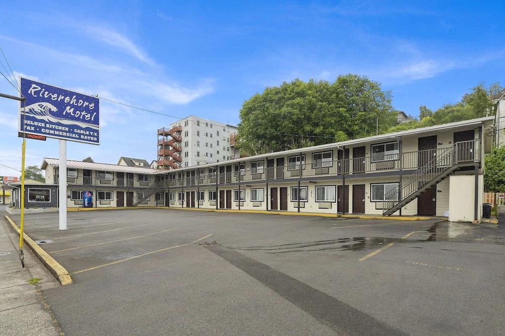 Astoria Rivershore Motel.jpg