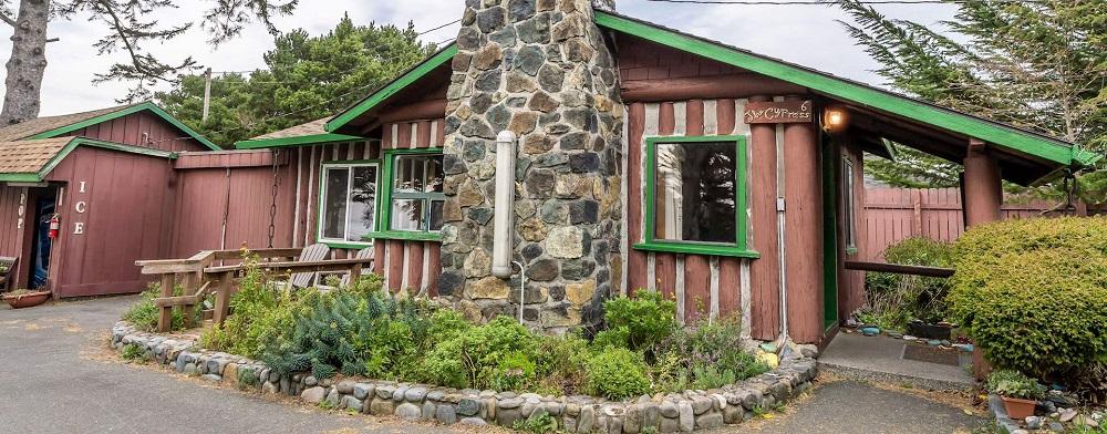 Ireland's Rustic Lodges.jpg