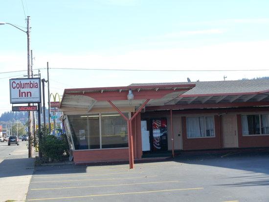 Columbia Inn.jpg