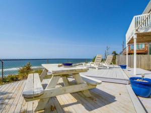 Beachfront Garden Inn Vacation Rentals.jpg