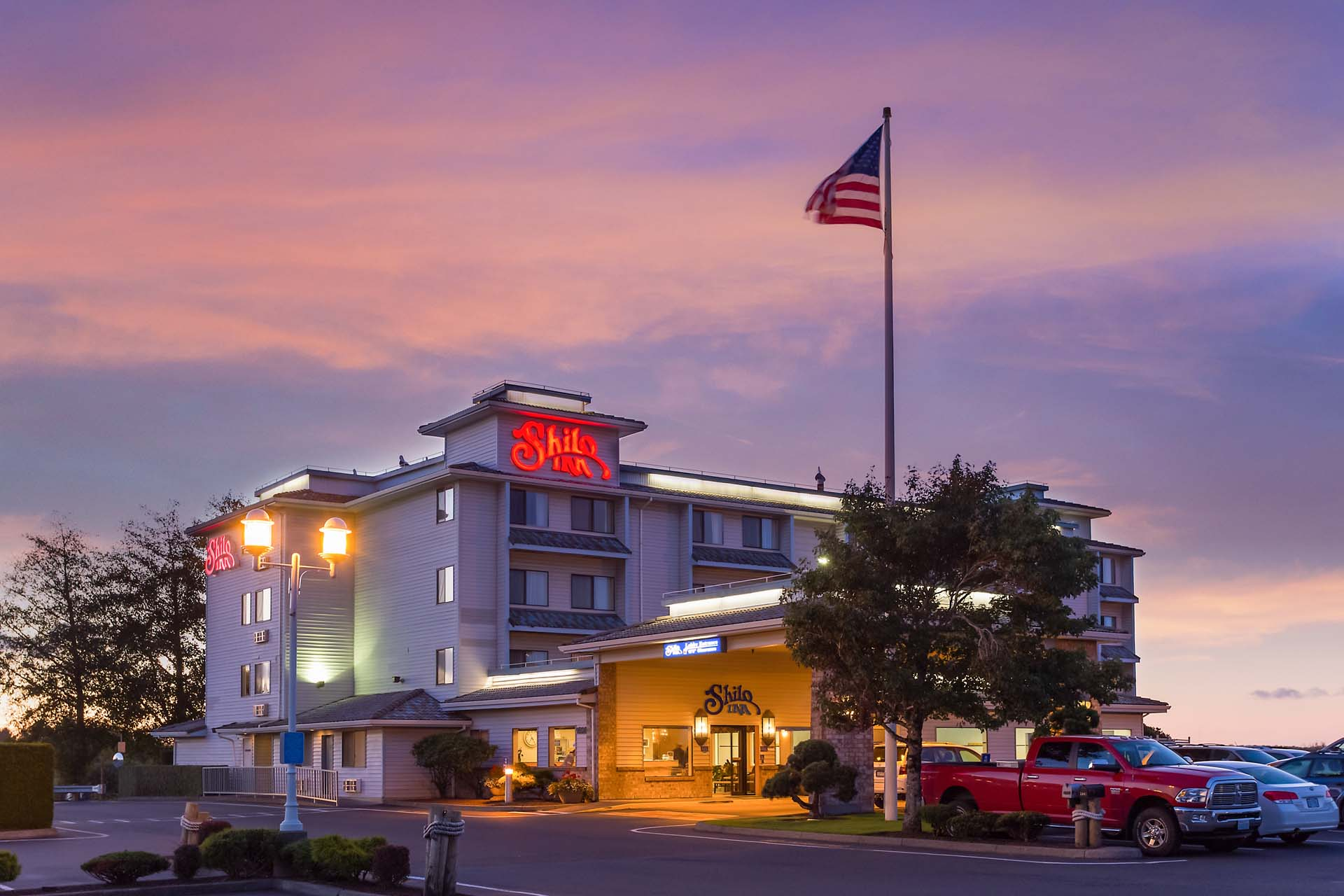 Shilo Inn Suites Warrenton.jpg