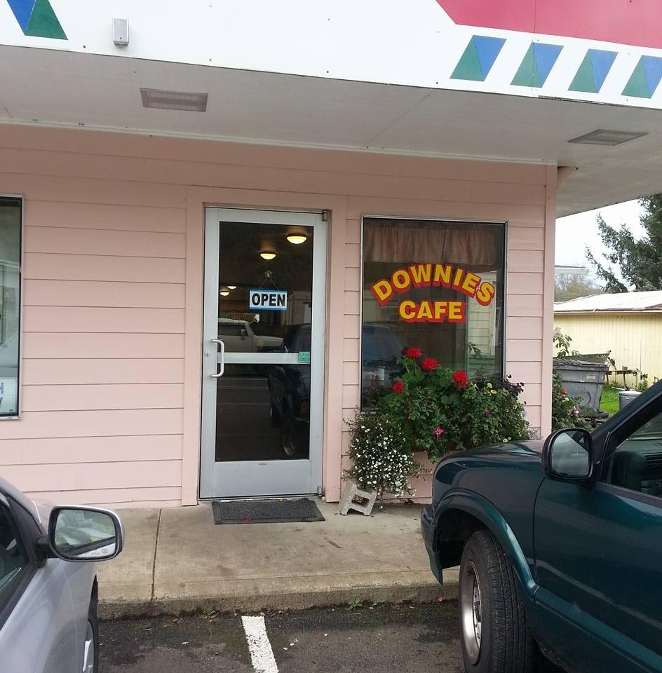 Downie's Café.jpg