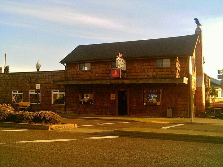SNUG Harbor Bar & Grill.jpg