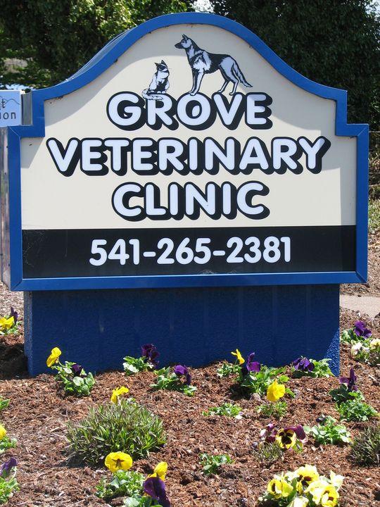 Grove Veterinary Clinic.jpg