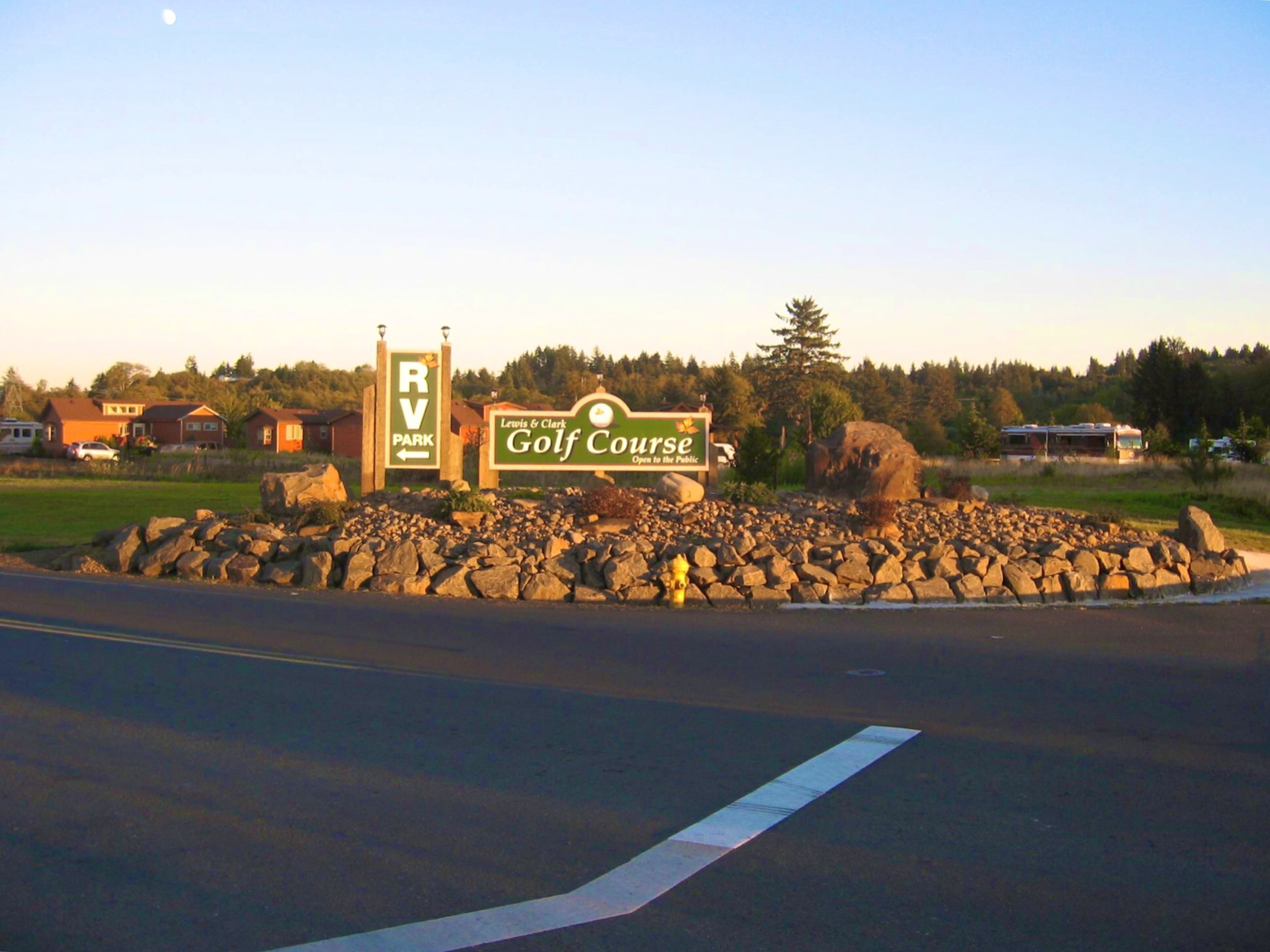 Lewis & Clark RV Park and Golf.jpg