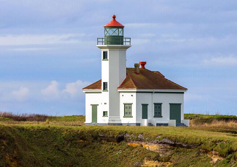 Cape Arago Lighthouse.jpg