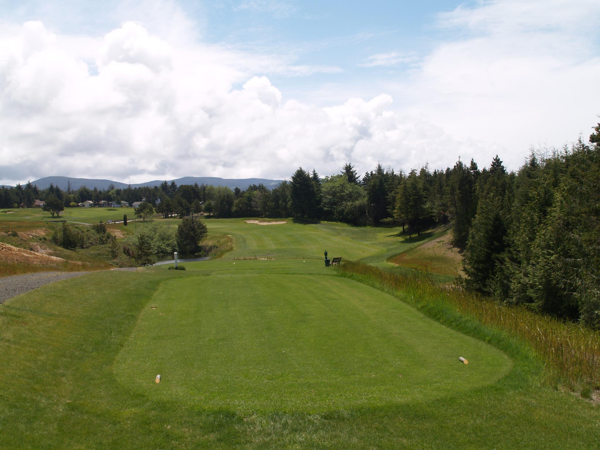 Crestview Golf Club.jpg