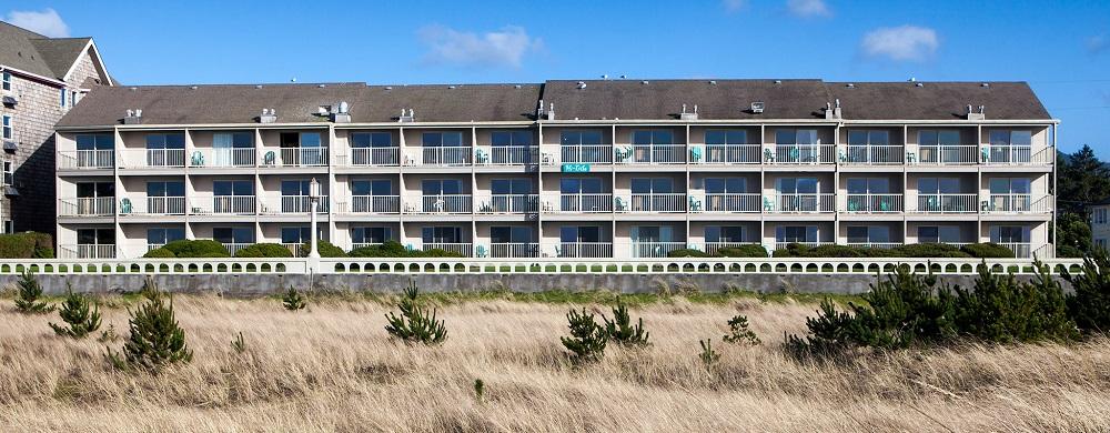 Hi-Tide Oceanfront Inn.jpg