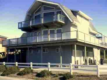 Breaker House Vacation Rentals.jpg
