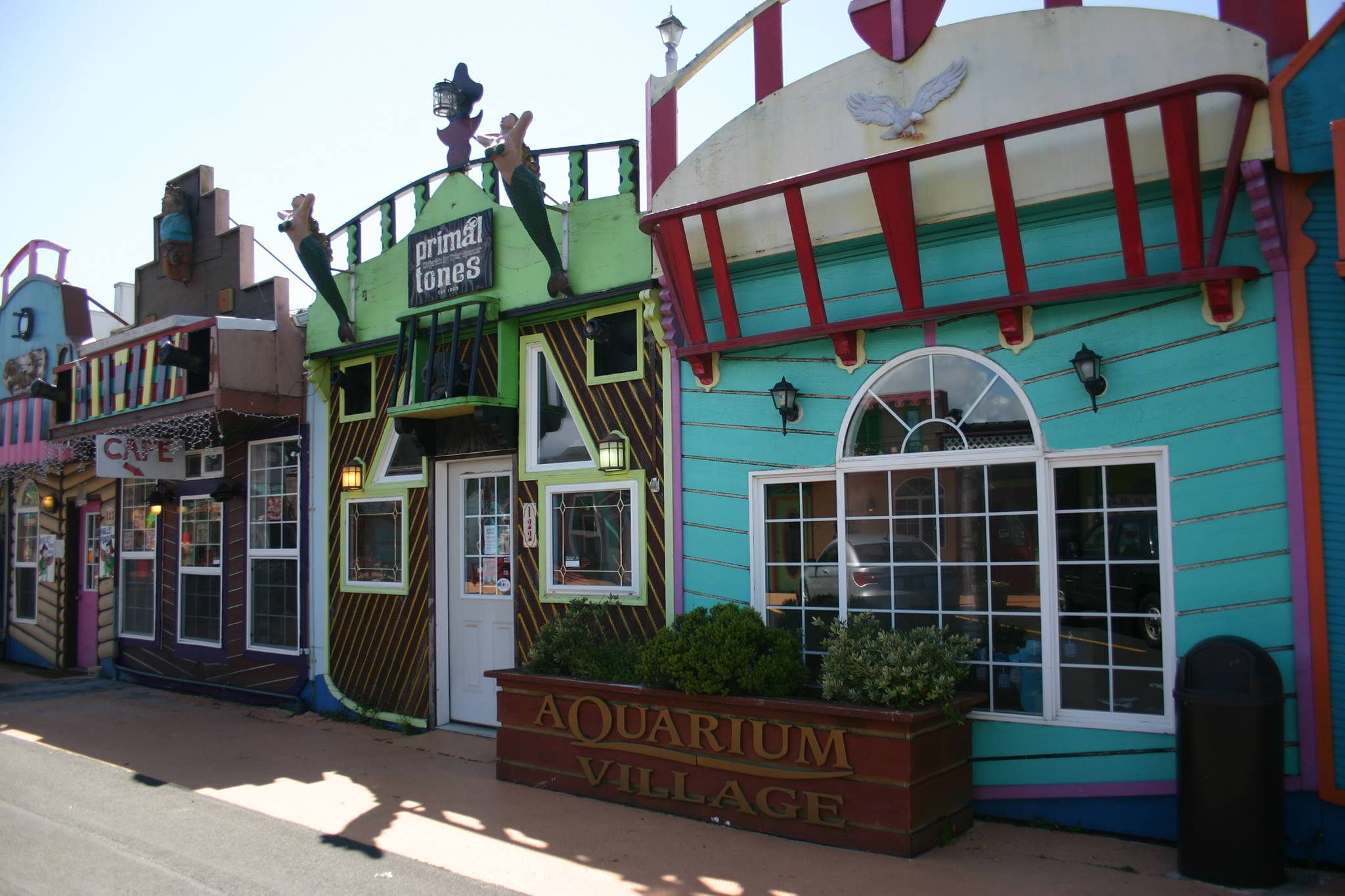 Aquarium Village.jpg