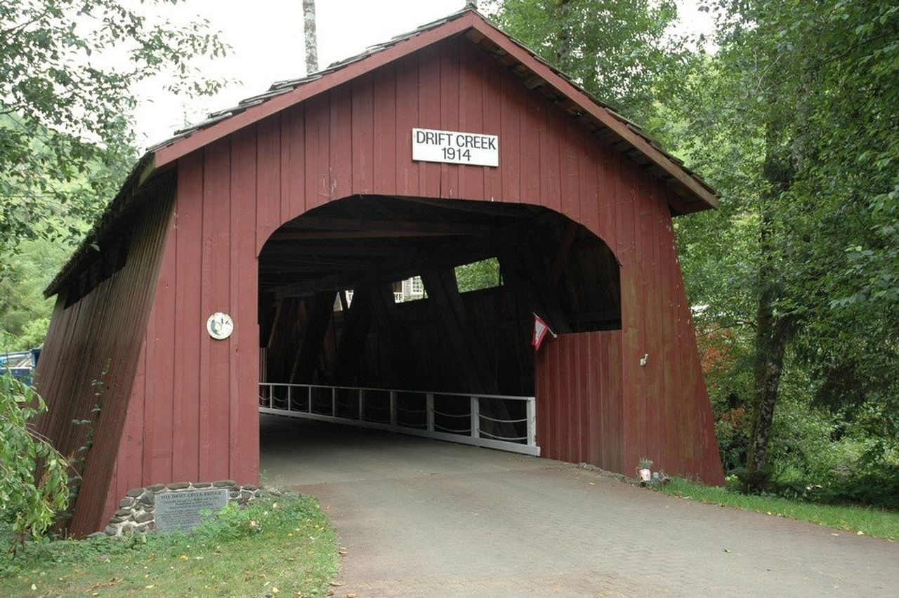 Drift Creek Covered Bridge.jpg