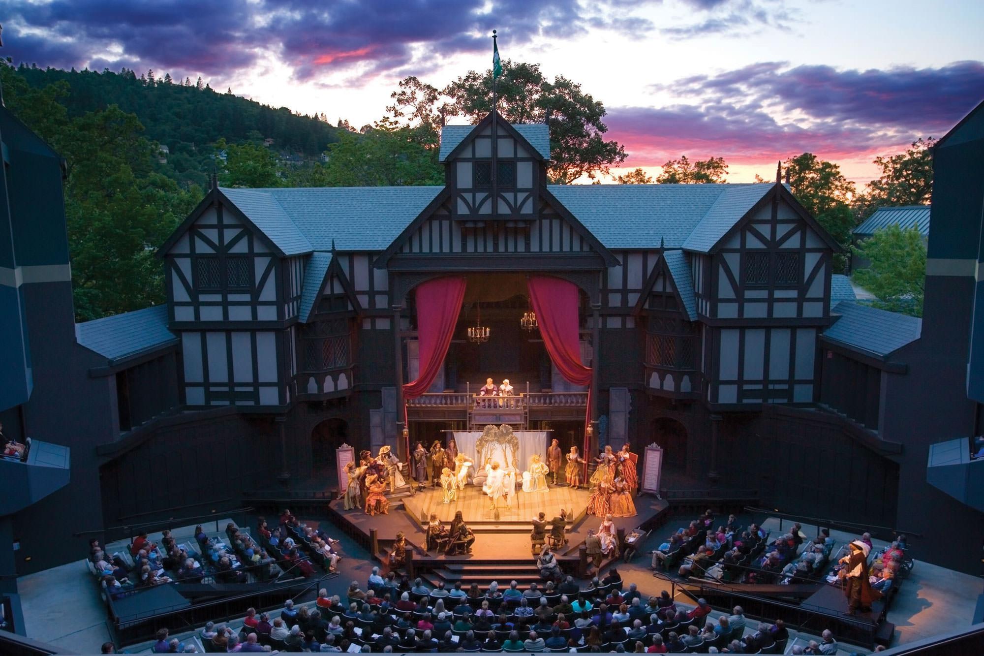 Outdoor Elizabethan Theatre at Oregon Shakespeare Festival