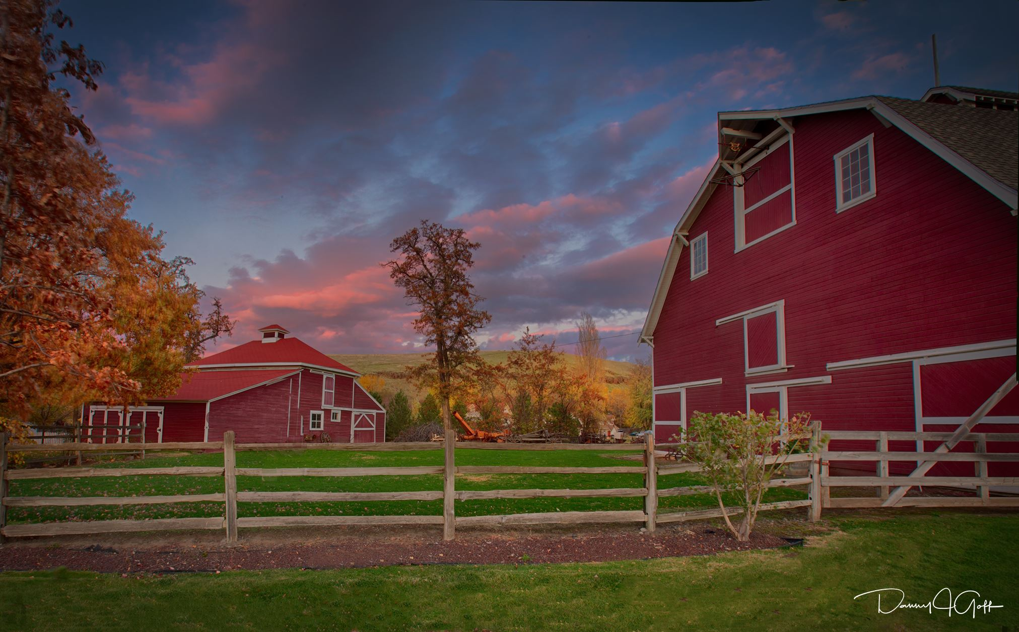 the barn at the Frazier Farmstead Museum, during the fall