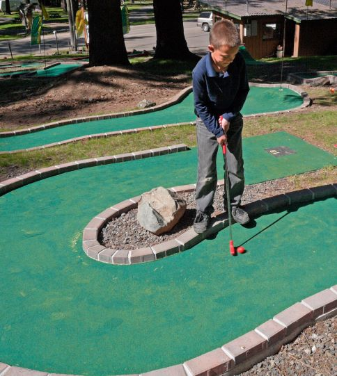 Mini Golf at the Eagle Cap Chalets