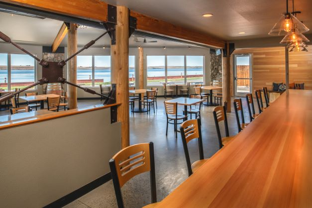 views of the Columbia River at Two Barrels Taps + Grill