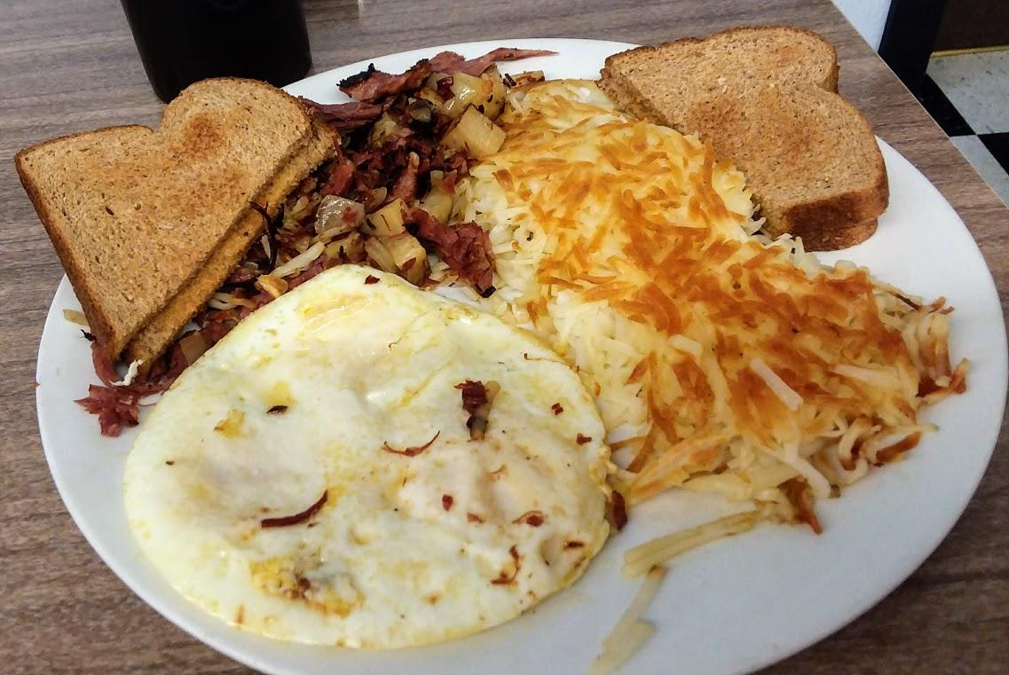 Cape Cafe Corned beef hash acr.jpg