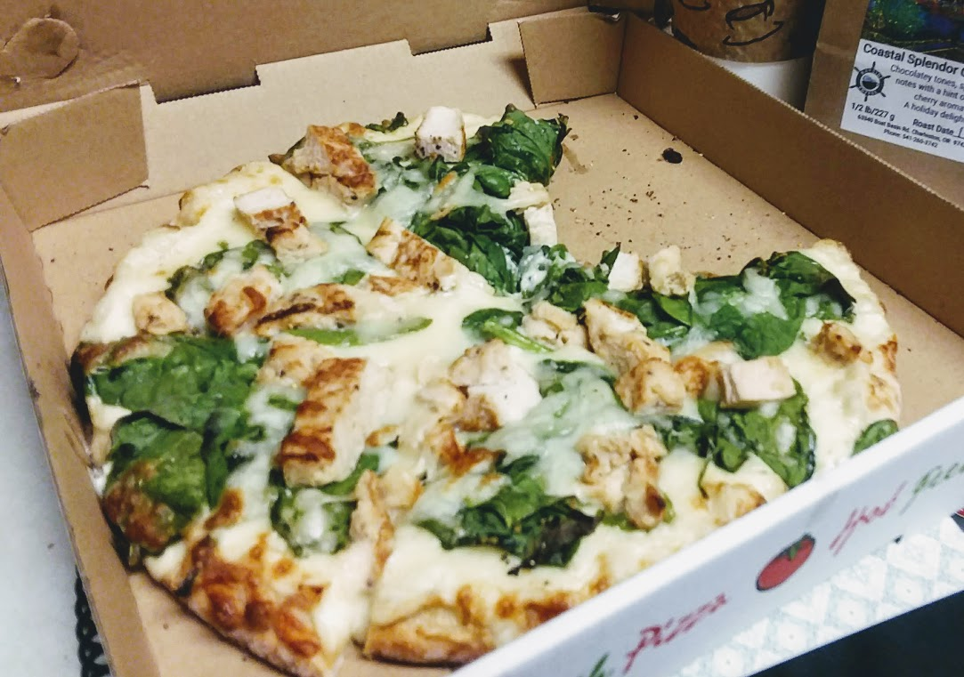 Pizza By The Bay chicken alfredo pizza acr.jpg