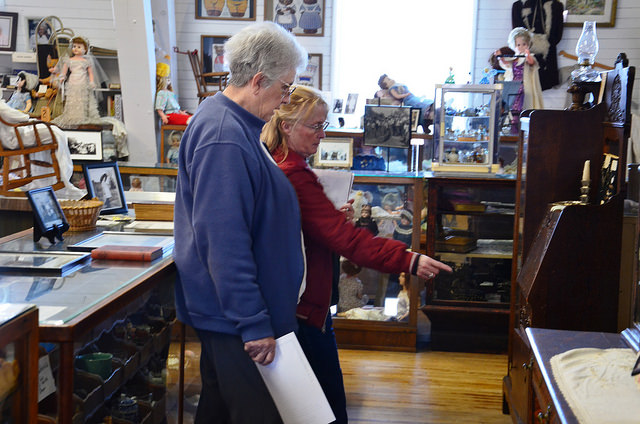 A guided tour of the Eastern Oregon Museum