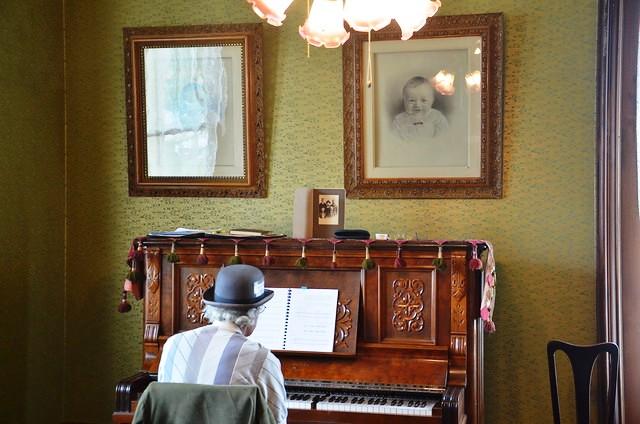 Live music at the Adler House Museum in Baker City